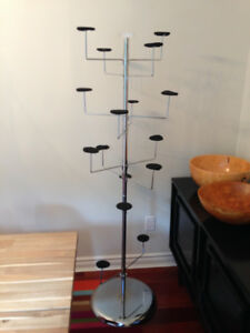 DISPLAY RACK FOR HAT/SCARF - SPINS