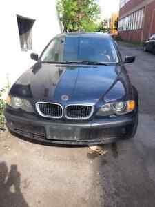 BMW  325 XI 2002 for parts.
