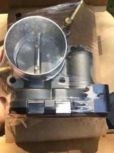 throttle body volkswagen neuf 06a-133-062-q