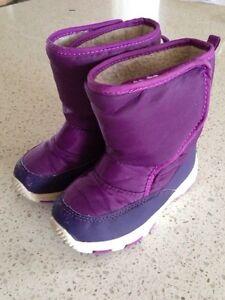 Boots, size 9 Gatineau Ottawa / Gatineau Area image 1