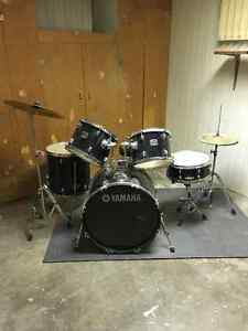 Yamaha Gigmaker 5-Piece Shell Pack with cymbals