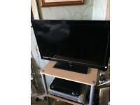 "32"" full HD Technika tv"