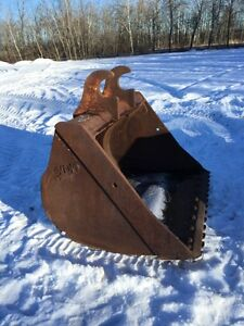WBM 200 series clean up excavator bucket. 58""