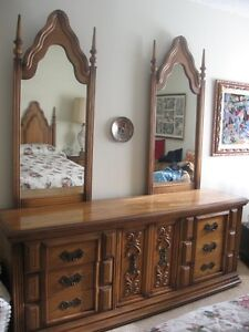Looking for junk furniture? It's not here, this is GOOD quality.