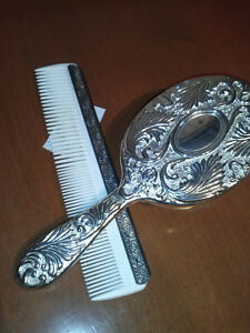 Silver Comb & Brush - #7 Pickers Gifts&Decor Porters Lake
