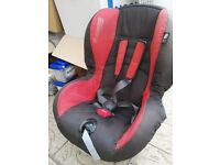 Maxi-cosi car seat (9 months to 4 years), excellent condition