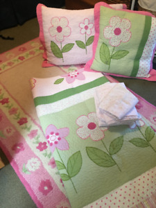 Lovely pink & Green Girl's Bedding Set with Pottery Barn rug