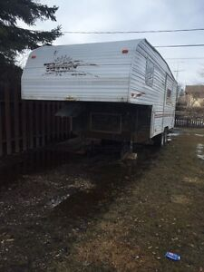 2000 Terry 25ft. 5th wheel camper