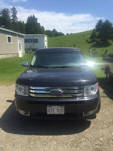 2010 Ford Flex AWD Limited SUV, Crossover