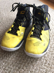 UnderArmor Curry 2 Basketball Shoes
