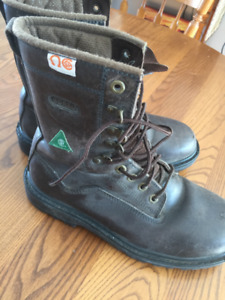 6aefa797a49 Men Work Boots | Kijiji in Edmonton. - Buy, Sell & Save with ...