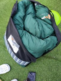 Double fleece sleeping bag (Hi Gear)