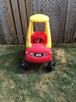 Little tikes red car
