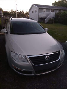 2010 VW Passat Wagon! Fast, Fun, Spacious! Need Gone ASAP!