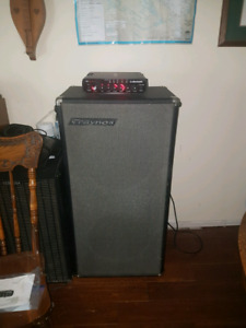 late 60s 2 x 15 GUITAR cab in great shape.