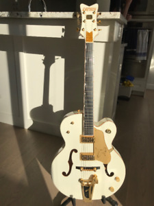 Electric Guitar - Gretsch White Falcon  w/ OHSC -REDUCED!