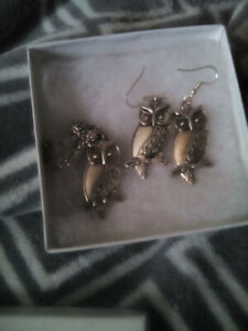 Brand new earrings and necklace!