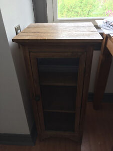 Solid Wood Accent/End Table shelving unit