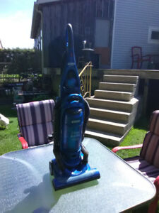 Everstar upright vacuum
