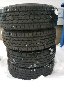 215 70 R16 summer tire General grabber almost new
