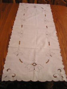 Vintage Off White Eyelet Embroidered Cotton Table Runner