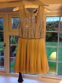 Dress size M - 12