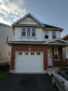Nice house at Laurelwood area for rent