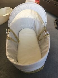 Clair du lune Moses basket in excellent condition