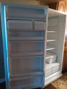 Full size refrigerator, All fridge