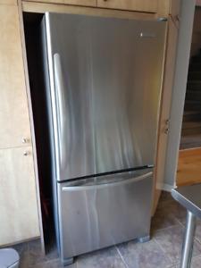 Réfrigérateur KitchenAid inox Série KBRS19KTMS