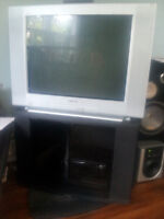 "Sony 28"" Tube TV with Black Stand $30 Bucks - Need Gone Tonight!"