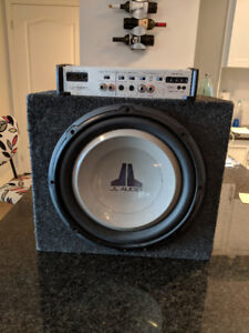 JL Audio - 12 subwoofer in sealed box and Amp