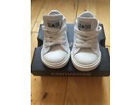 Converse, white leather