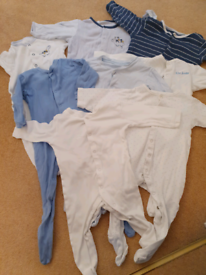 X8 set 6 to 9 months mothercare and other stores sleepsuits