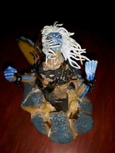 Iron Maiden Eddie figurine