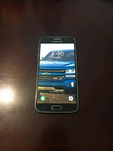 Perfect Condition Samsung s6 with free Camo Otter box