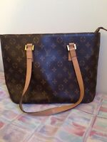 Real Louis Vuitton purse--great condition