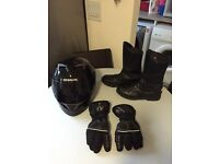 Motorcycle hat, gloves and boots