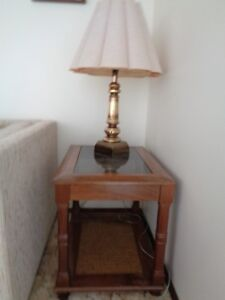 End table with/without lamp