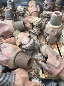 Used Tricone and PDC drill bits, Nozzles,Tungsten Carbide