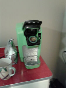 One Cup Keureg Coffee maker