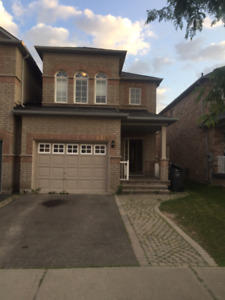 Beautiful Home For Rent In Churchill Meadows