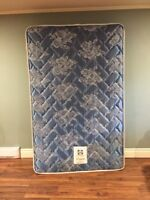 """3/4  48""""x 75"""" sealy mattress for antique bed"""