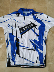 Cycling jersey, large,full zip, short sleeve, light weight