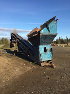 CONSTRUCTION  EQUIPMENT  Screener / 40 ft Conveyor and Much More