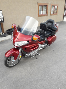 2001 GL1800 Goldwing GL 1800 Gold Wing LOW KMs!