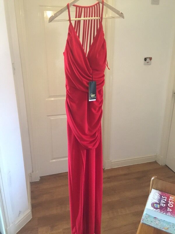 Red lipsy dressin GlasgowGumtree - Beautiful floor length red lipsy dress brand new tags on never worn size 6