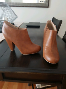 Size 10 ankle boots