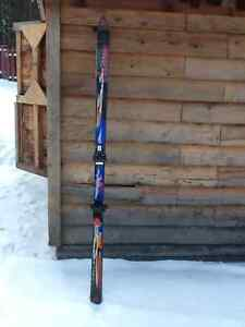 Size 180 downhill skis