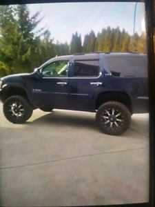 2007 chevy Tahoe ltz lifted